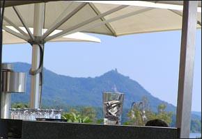 Blick aus Bonn auf das Siebengebirge